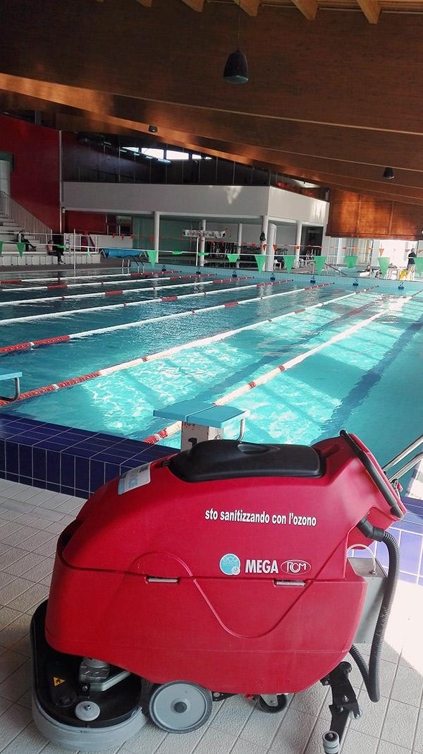 Pulire piscina maniago nuoto