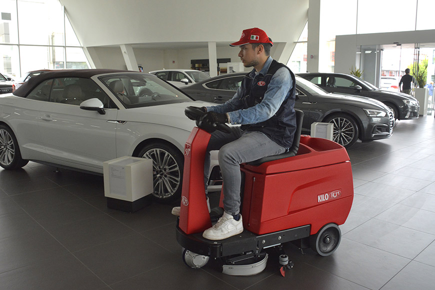 Ride-on sweepers: maximum cleanliness with minimum effort